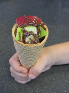 Caramel Apple Cones from Macaroni Kid Eats - One of the first things I think about after apple picking or when going to a fair or festival is caramel apples!  It is hard to resist the tart, crunchy and sweet treat!  Here is a fun twist on a Fall favorite and really easy for little hands to enjoy!