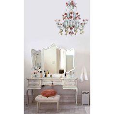 Shabby Chic murano glass chandelier... read more: http://mobilishabbychic.blogspot.it/2012/03/shabby-chic-chandelier-lampadario-vetro.html