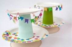 la decoración de mis mesas: DIY: Soporte para cupcakes con platos de papel