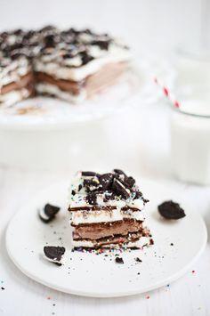 {Ice cream cake.}