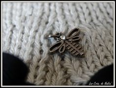 #Flow29Jours_#Détail //  Une mini libellule qui habille un de mes pulls
