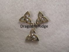 Celtic Knot, Trifecta, Pendants, DIY, Jewelry Supplies, Silver, 15mm, Free Shipping Combining Worldwide, Off the Grid, DragonflyRidge Canada by dragonflyridge on Etsy