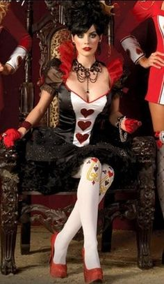 FANTASIA RAINHA DE COPAS (DIVERSAS OPÇÕES.  EM FuN FuNNy FaNTaSy Aluguel de Fantasias Importadas. Fan Page no Facebook: www.facebook.com/... Instagram: @Fun Funny Fantasy Fone: 11 2021-5744.