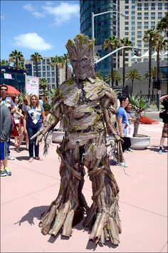 Photos: Colorful characters unite at San Diego Comic-Con ...