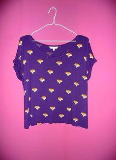 Kup mój przedmiot na #vintedpl http://www.vinted.pl/damska-odziez/bluzki-z-krotkimi-rekawami/10890967-peacocks-s-m-l-oversize-uniwersalna-bluzka-koszulka-w-lisy-fox-foxy-fioletowa-animals-zwierzeta