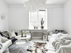 my scandinavian home: Small space inspiration in monochrome - Decor