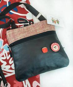 La Mini Pochette X 23, Mini Pochette, Diaper Bag, Etsy Seller, Creations, Gifts, Bags, Pouch, Purse
