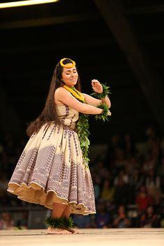 2014 Miss Aloha Hula | Merrie Monarch