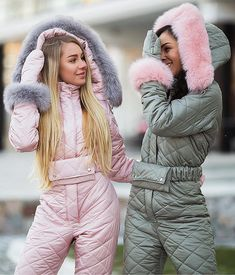 Pink, Sky Blue & Gray Goose Down Fur Ski Suit – zickera Winter Mode Outfits, Winter Fashion Outfits, Winter Suit, Winter Wear, Ski Jumpsuit, Down Suit, Pink Snow, Snow Outfit, Himmelblau