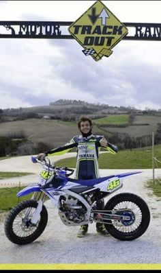 Valentino Rossi at his ranch with a new yamaha yz450f