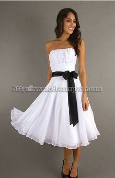 Love the shape of the dress.... I would probably want it in another color though:)