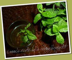 Le Ricette della Nonna: Bevanda fresca alla menta piperita Spinach, Beverages, Mint, Vegetables, Food, Essen, Vegetable Recipes, Meals, Yemek