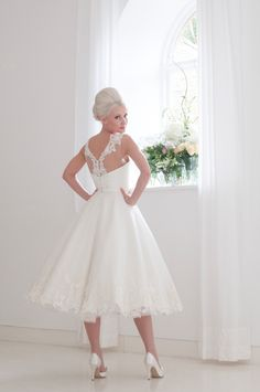 The Fabulous 1950s-Inspired 2016 Bridal Collection from House of Mooshki  Top Wedding Dresses c7c725287b1