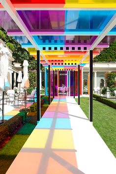 Home Interior Design daniel buren creates a chromatic landscape in the gardens of hotel le bristol paris.Home Interior Design daniel buren creates a chromatic landscape in the gardens of hotel le bristol paris Landscape Architecture, Landscape Design, Architecture Design, Paris Architecture, Exterior Design, Interior And Exterior, Le Bristol Paris, Daniel Buren, Pergola
