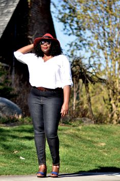 468d9ca75f2 3 WAYS TO STYLE YOUR PEASANT TOP THIS SUMMER. Plus Size Fall OutfitPlus  Size OutfitsPlus Size Fashion BlogCurvy ...