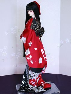Ball Jointed Dolls, Kimono Fashion, Beautiful Dolls, Japanese Art, Goth, Costumes, Art Drawings, Clothes, Dresses