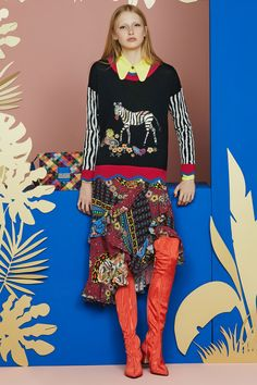 See the complete Etro Resort 2018 collection.