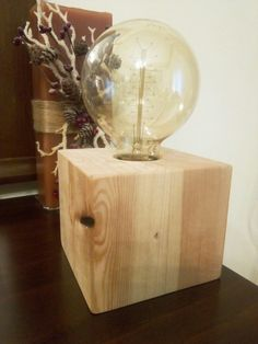 Handmade table lamp. Wooden cube. Fillament light. Twisted fabric cable. Dimmer switch.