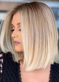 Are you looking for modern hair colors to apply for medium haircuts? If yes then find here awesome trends of medium blonde haircuts worn by the top famous female celebs around the world. Blonde Hair Cuts Medium, Medium Straight Haircut, Blonde Bob Wig, Blonde Haircuts, Long Bob Haircuts, Hairstyles Haircuts, Medium Hair Styles, Long Hair Styles, Short Blonde