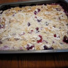 Easy Frozen Berry Cobbler Servings: 16 Serving Size: 1/16th Calories: 140.4 Fat: 2.9 g Fiber: 1.3 g Protein: 1.4 g Old Points: 3 pt Points+: 4 pts+