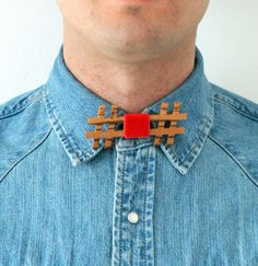 Bowtie 100% designed and made in Italy. 100% Wood zebrano and red Velvet. Unisex accessory to use as a classic bow tie, necklace but also as a hair band or belt. Buy now at: http://www.outloop.com/en/11-wooden-bow-ties #bowtie #accessories #papillon #woodenaccessories #designaccessories #socialdesign #artbowties #woodenbowties #shopbowties