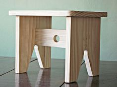 Woodworking Projects For Kids Small Furniture, Pallet Furniture, Furniture Projects, Furniture Plans, Rustic Furniture, Furniture Design, Woodworking Box, Woodworking Projects, Woodworking Classes