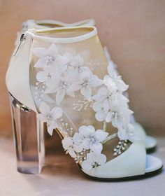 15 Magical Wedding Shoes Featuring 3D Embellishments!