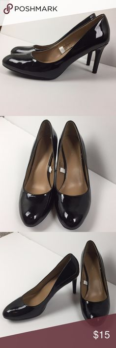 """Merona Black Pumps Heels Women's Size 8 These look brand new!  Comes from a smoke-free and pet-free home,  3.5"""" Heels Merona Shoes Heels"""