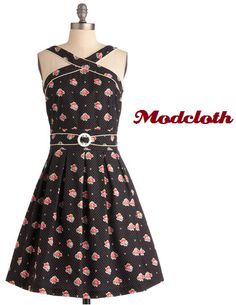 This dress is adorable! #modcloth #dress #flowerprint