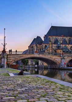 As one of Belgium's underrated destinations, Ghent is a MUST to explore! Come and make the most of your trip with this ultimate walking route. Enjoy! via http://iAmAileen.com/ghent-tourism-walking-tour-things-to-do/ #gent #ghent #travel | Photo by Roman Betik via Flickr / CC