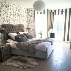 On instagram by decor_intrior_design #homedesign #metsuke (o) http://ift.tt/1K1LOvh  #interior #decor #homedecor  #decoration #disgen #myhomedesign #color #stayle #fashion #candles #lamp #lights #flowers #follew #follower #livingroom #bedroomdecor #mirror #repost #homeamoure #اثاث #ورود #مرايات #مرايات_ديكور #تصميم #ديكورات #ديكورات_داخليه #ستايل