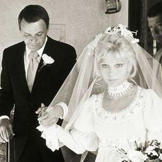 Frank Sinatra and Nancy Sinatra on Nancy's wedding, December 12, 1970
