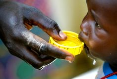 A vízhiány szerepet játszik a rossz egészségügyi körülményekben és a gyermekszegénység kialakulásában is.