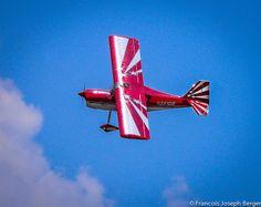 Avion R /C Bellanca Decathlon  Fly Inn Club Hornet