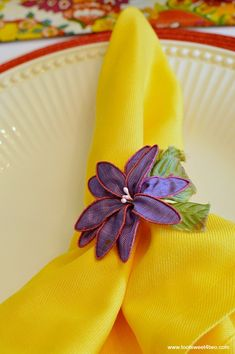 Yellow napkin with p