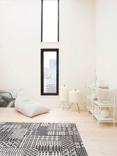 MENU Sticks Shelves & Reflections of whites with Jotun Lady Jotun Paint, Scandinavian Style Bedroom, Jotun Lady, Best Interior, Interior Design, Trendy Colors, Classic White, Wall Colors, White Walls