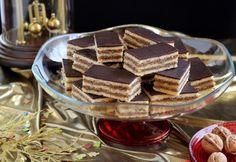16 hibátlan zserbórecept akár kezdőknek is Hungarian Cake, Hungarian Recipes, Hungarian Food, Sweet Life, Christmas Baking, Tiramisu, Waffles, Birthday Cake, Cooking Recipes