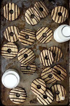 Copycat Fudge Stripe Cookies!