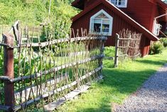 Home Decoration For Living Room Refferal: 9242369694 Garden Cottage, Edible Garden, Vegetable Garden, Best Interior Paint, Interior Design Colleges, Forest House, Green Life, Country Life, Garden Inspiration