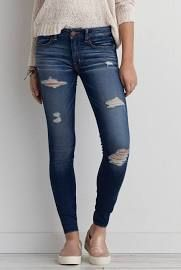 American eagle Jeggings Have been worn . Still Great condition , size is 10 American Eagle Outfitters Jeans Skinny Stylish Street Style, Style Casual, Casual Outfits, Cute Outfits, My Style, American Eagle Jeans, American Eagle Outfitters Jeans, Ripped Jeggings, Look Jean