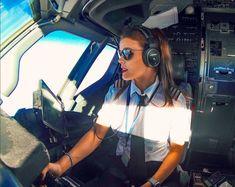 This Stunningly Beautiful Pilot Will Make Sure You're Never Afraid Of Flying Again - Meet Malin Rydqvist, The Sexiest Pilot Ever Stunningly Beautiful, Beautiful Women, Aircraft Maintenance Engineer, Selena Gomez, Pilot Uniform, Female Pilot, Aviators Women, Fear Of Flying, Air France