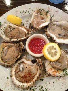 Where do you go for oysters when staying at a #GulfShoresPlantation condo?