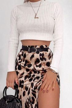 Mode Outfits, Chic Outfits, Fall Outfits, Fashion Outfits, Steampunk Fashion, Gothic Fashion, Fashion Fashion, Leopard Print Skirt, Split Skirt