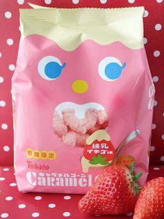 Tohato Caramel Corn - strawberry <3 <3 <3 <3 <3