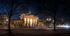 #brandenburgertor #berlinstagram #longexposurephotography #longexposure #nightphotography #berlin #night  #photography #nighttime @top.tags #photos #toptags  #light #picoftheday #photooftheday #color #all_shots #exposure #composition #photoarena #capital #nationalmonument #photographer @sabrixd03 by christianwesner