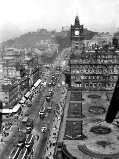 Trams running along Princes Street in Edinburgh, Old Town Edinburgh, Visit Edinburgh, Edinburgh Castle, Edinburgh Scotland, Scotland Travel, Scott Monument, Island Nations, Portobello, Interesting Stuff