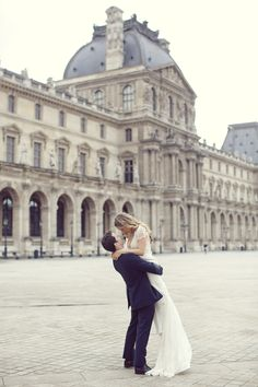 Paris perfection | Paris Elopement from Sarah Kate Photography  Read more - http://www.stylemepretty.com/destination-weddings/2013/11/07/paris-elopement-from-sarah-kate-photography/
