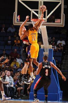 Lakers vs. Blazers (10/22/14)