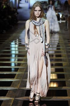 Roberto Cavalli Fall 2010 Ready-to-Wear Fashion Show - Mirte Maas