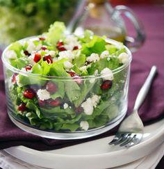 Pomegranate Feta Salad with Raspberry Vinaigrette